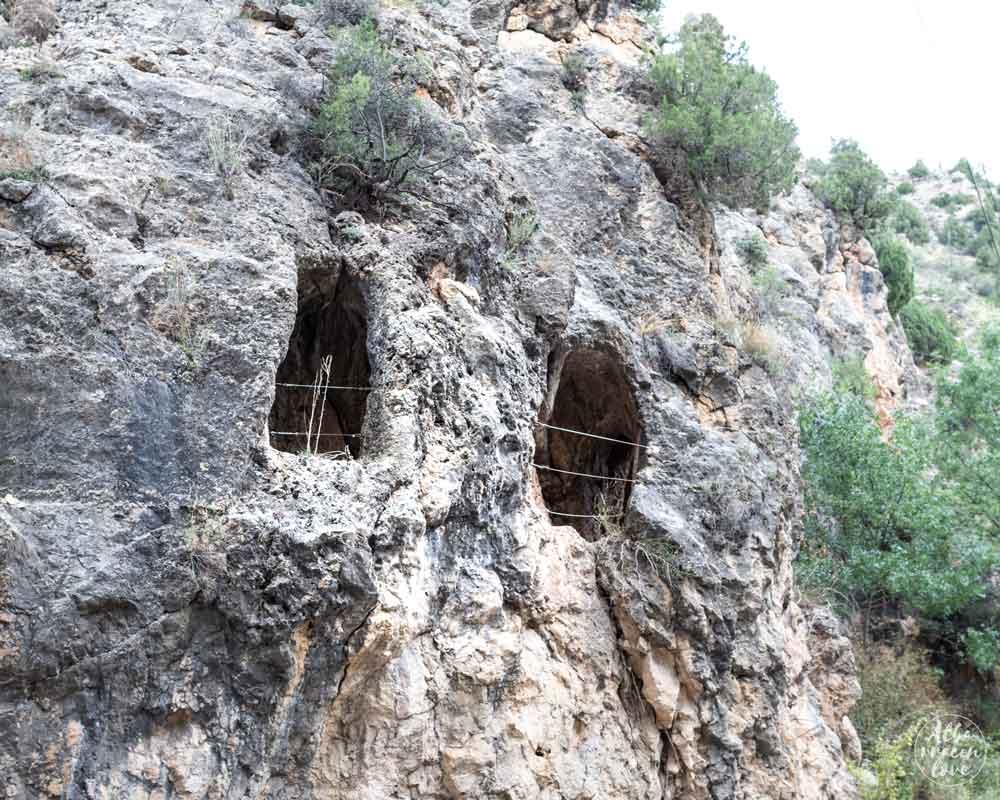 Fotografía de las ventanas en el Acueducto Romano de Gea