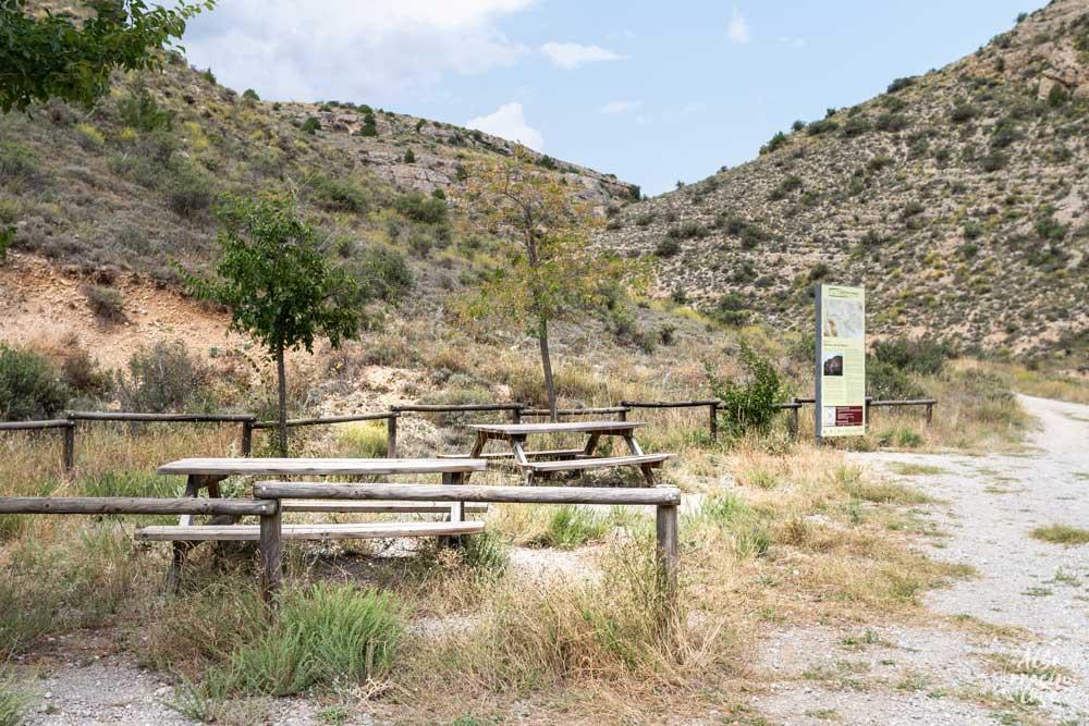 Fotografía del merendero en el Acueducto Romano de Albarracín