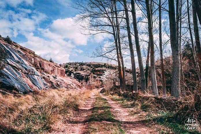Fotografía de la ruta de senderismo del Barranco del Cabrerizo en Albarracín